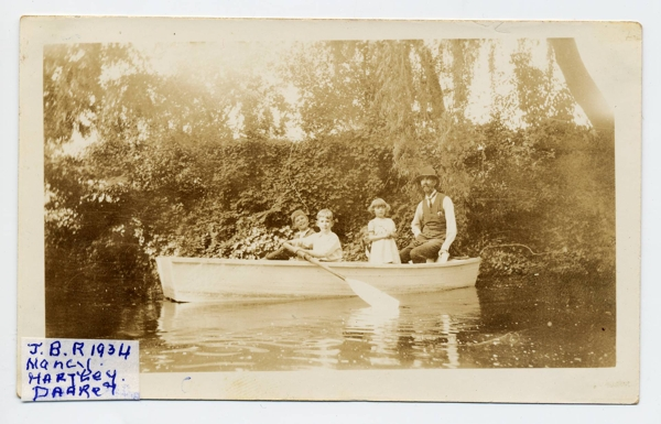 0041a JB Randell, Nancy, Hartley, Darrel Christmas Day 1934