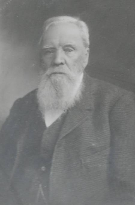 enlarged version of the photo of Captain William Richard Randell