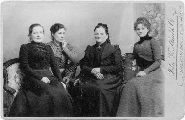 L-R Sofia Sjoblom (nee Winblad), Aino Vinblad, Hedvig Helena (nee Backberg), Ida Vinblad c1900 Finland grey