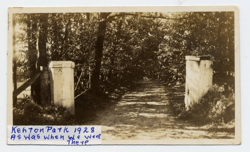 "entrance to ""Kenton Park"", Gumeracha 1928"